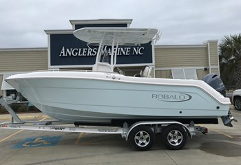 2020 Robalo R222 Explorer Ice Blue liquid-unknown-field [type] Boat