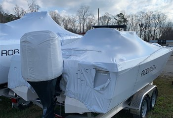 2020 Robalo 246 Cayman Alloy Gray/White #K0131 Boat