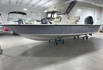 2021 Key West 210 Bay Reef Manta Gray/White Boat