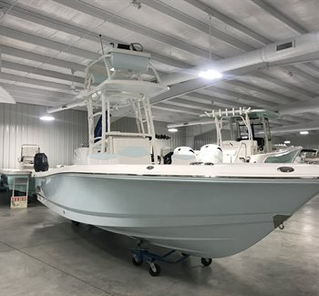 2019 Robalo R246 Cayman SD New Boat